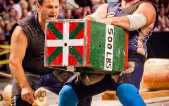 Jaialdi 2015: Sports Night features Basque strong men and women