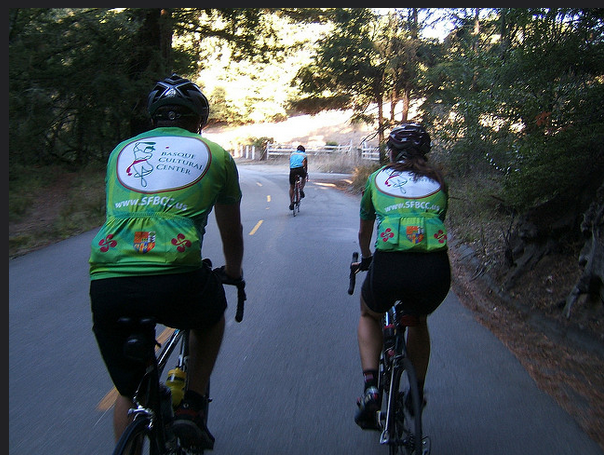 Riders+in+the+Oct.+2014+Txirrindulari+bike+ride+in+the+Bay+Area.