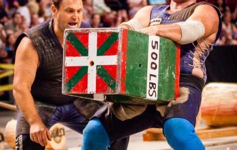 Jaialdi 2015: Sports Night features Basque strong men and women
