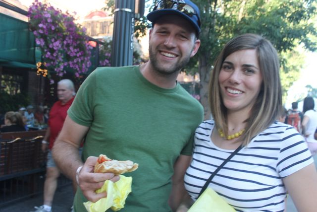 Rich and Erika McPherson try solomo sandwiches
