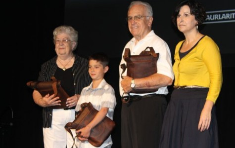 Jaialdi volunteers and Prof. Bill Douglass honored by Basque Government
