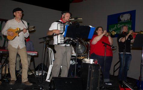 Basque-American Group Amerikanuak Produces Album