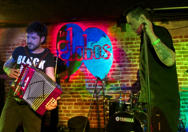 Fermin+Muguruza+in+concert+in+Los+Angeles.